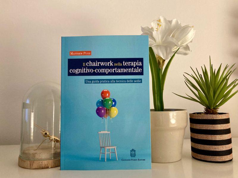 chairwork. libro, traduzione, simone cheli, veronica cavalletti